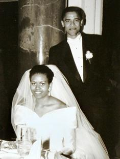 Obama bersama isterinya, Michele Robinson